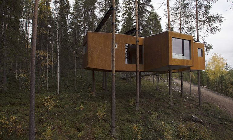 Swedish Hotel Features Bird's Nest And UFO-Shaped Cabins-14