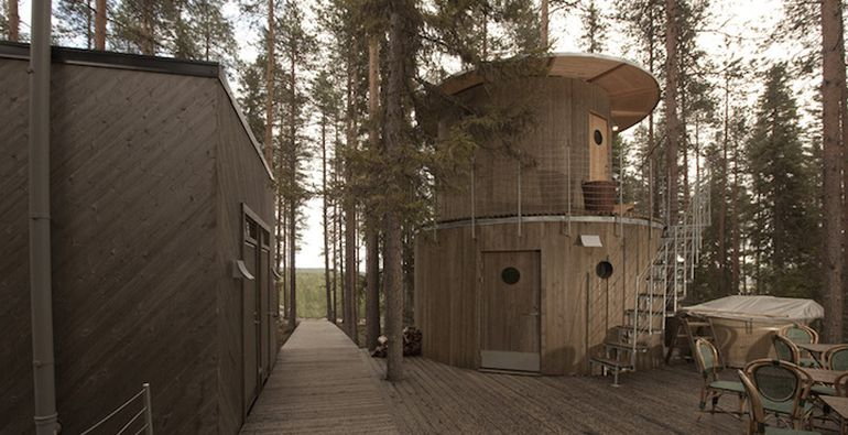 Swedish Hotel Features Bird's Nest And UFO-Shaped Cabins-15