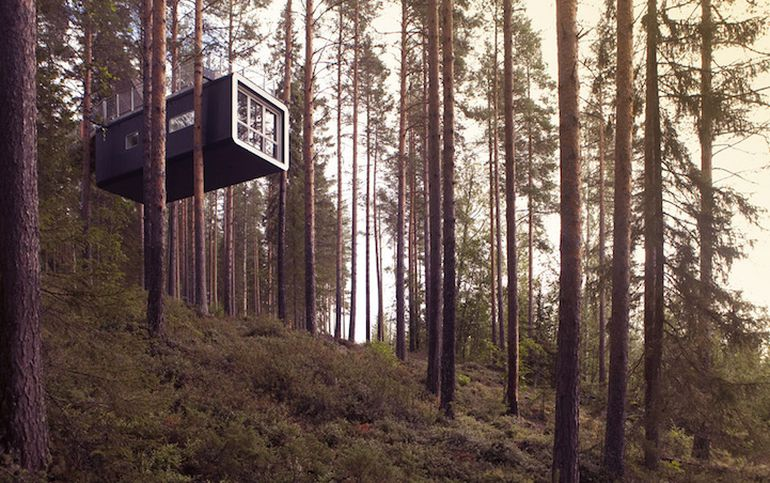 Swedish Hotel Features Bird's Nest And UFO-Shaped Cabins-4