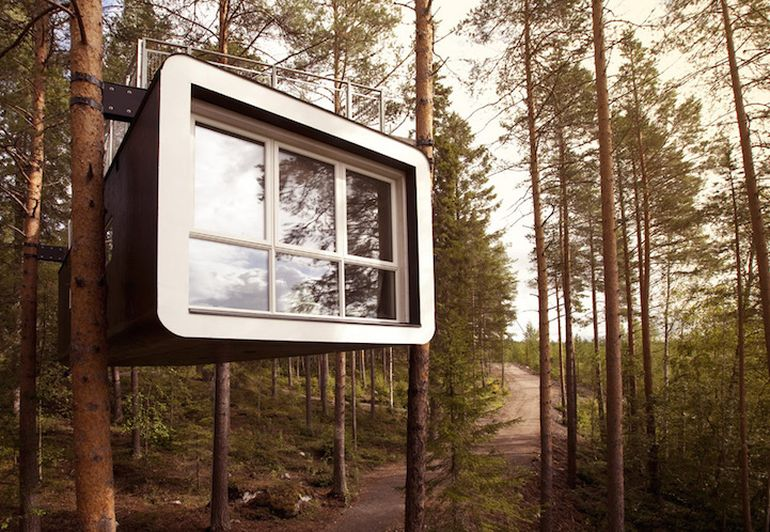 Swedish Hotel Features Bird's Nest And UFO-Shaped Cabins-5