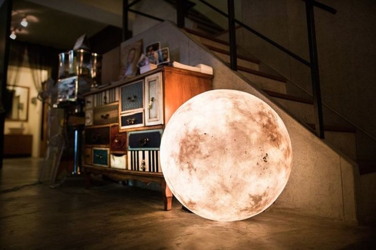 Bask In The Mesmeric Glow Of The Moon-Shaped Luna Lamps-1
