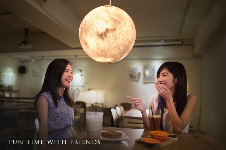 Bask In The Mesmeric Glow Of The Moon-Shaped Luna Lamps-6