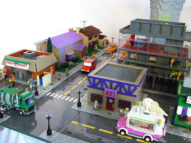 Biggest_LEGO_Creations_Springfield_3