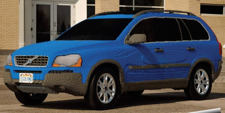 Biggest_LEGO_Creations_Volvo XC90 Replica _1