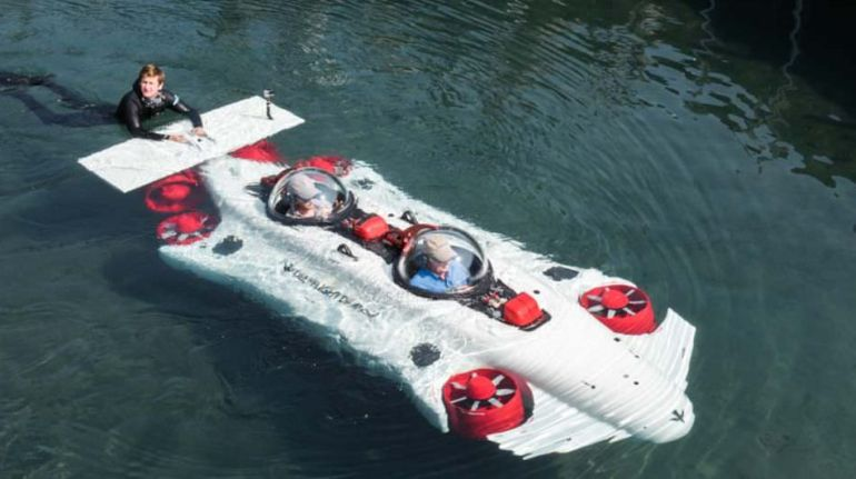DeepFlight Build $1.5 Million Luxury Submarine Called Dragon-2