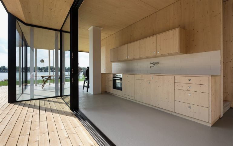 Lake_House_Austria_Svelte_Glazing_2