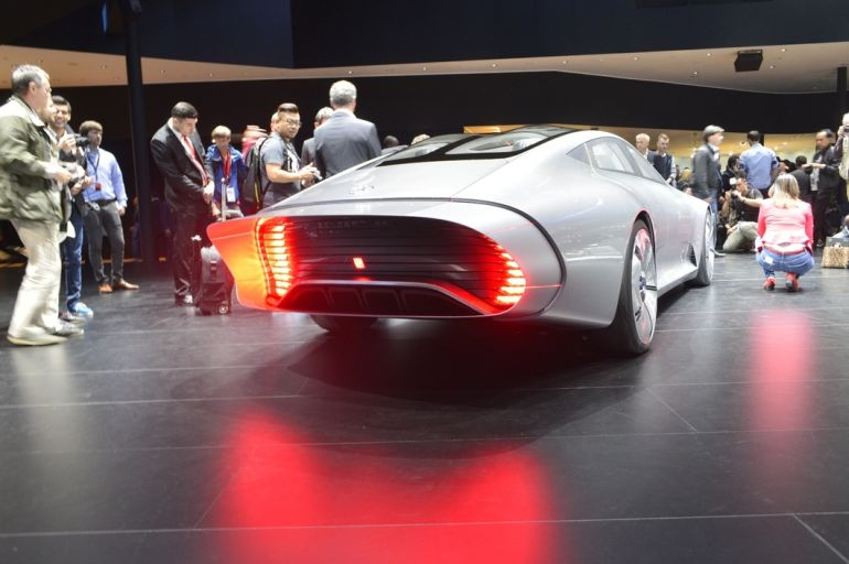 Shape-Shifting_Mercedes_Concept_IAA_Aerodynamic_10