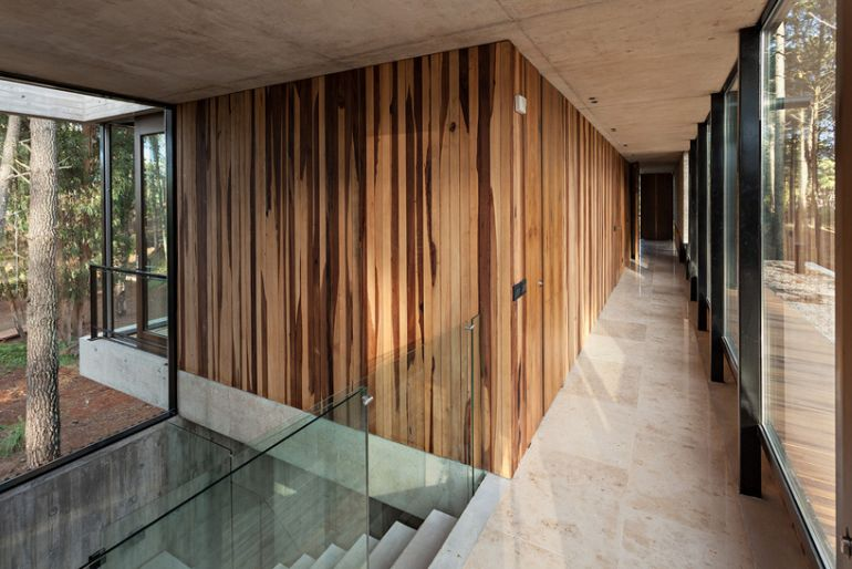 The Stunningly Rustic Marino House In Buenos Aires-4