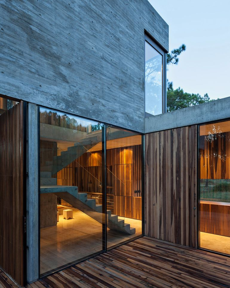 The Stunningly Rustic Marino House In Buenos Aires-7