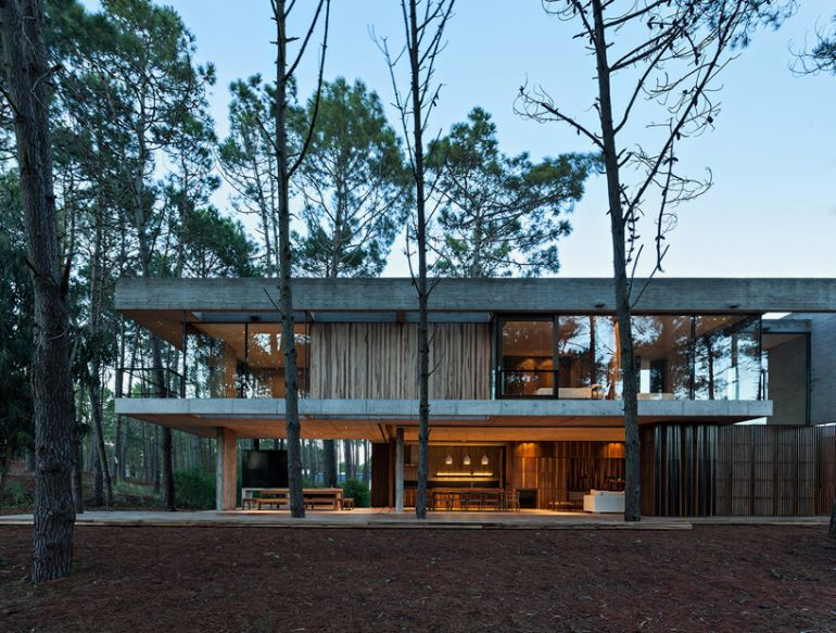 The Stunningly Rustic Marino House In Buenos Aires-8