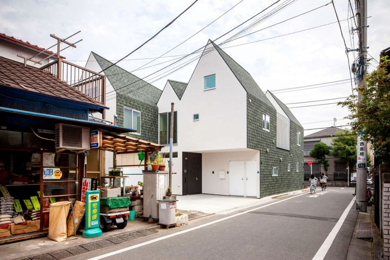 Tokyo-based Architects Design House That Can Be Shrunk In Size-8