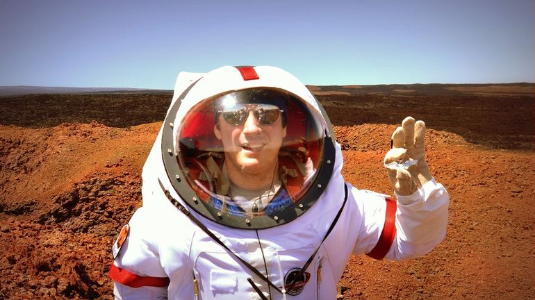 Volunteers Embark On A Year-Long Simulated Mars Mission-6