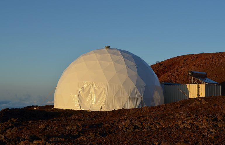 Volunteers Embark On A Year-Long Simulated Mars Mission-9