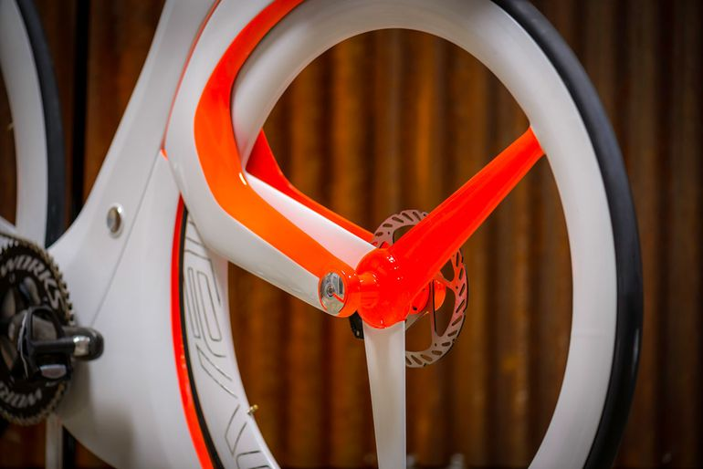 fUCI A Smart Bike By Specialized That Breaks All UCI Rules-10