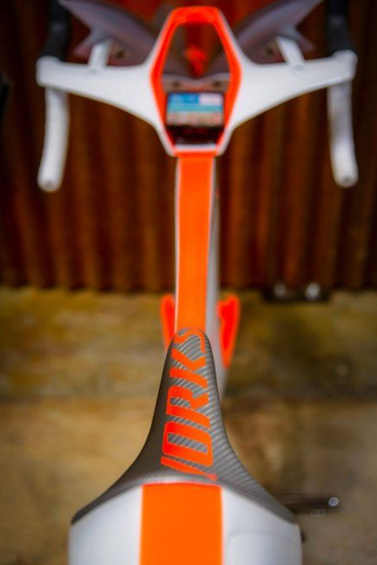 fUCI A Smart Bike By Specialized That Breaks All UCI Rules-5