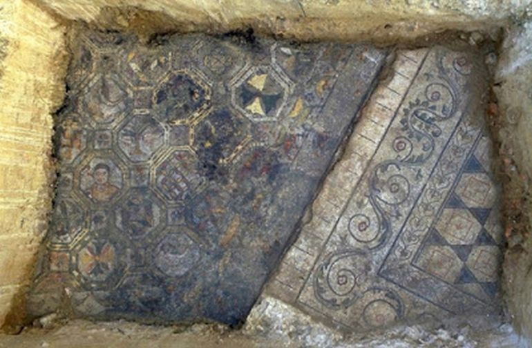 Archaeologists Uncover Ancient Roman Mosaic In Tuscany, Italy-2