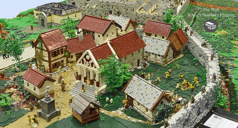 British Enthusiasts Recreate The Roman Empire Using LEGO!-5
