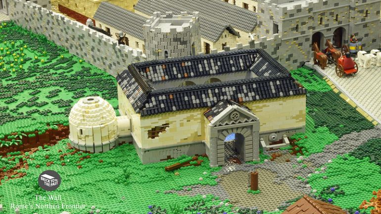 British Enthusiasts Recreate The Roman Empire Using LEGO!-6
