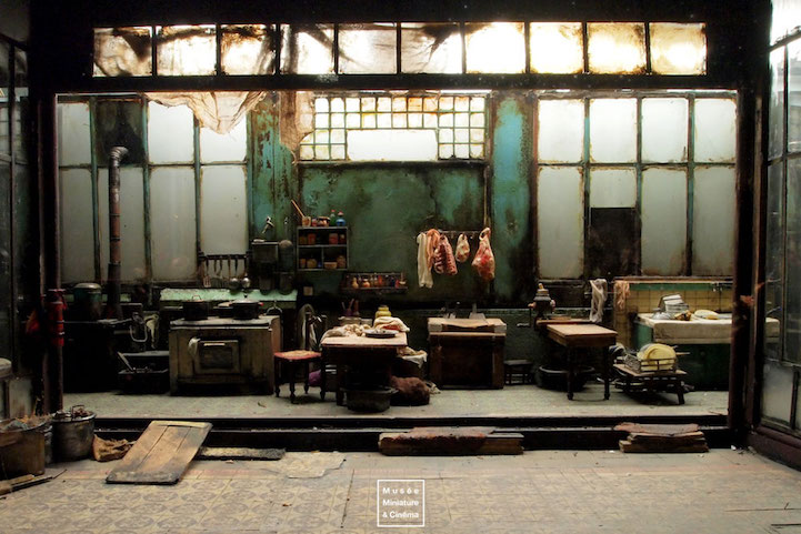 Film_Set_Miniature_Rooms_Incredible_Details_10