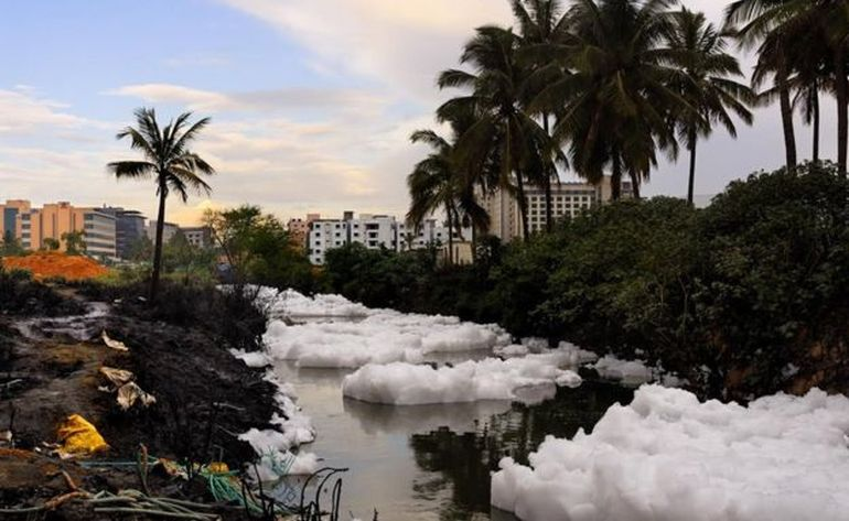 It's Snowing Toxic Flammable Foam In Bangalore, India!-2