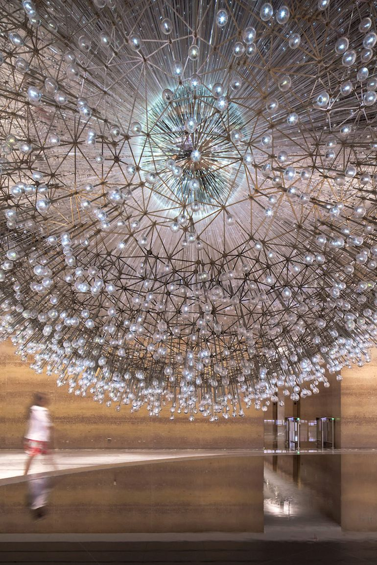 Lucent A Stunning Sculpture Made Up Over 3,000 Glass Orbs-3