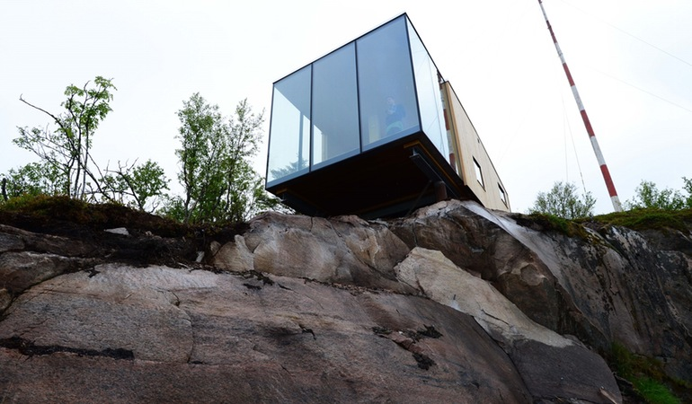 The Stunning Cantilevered Cabins At Manshausen, Norway-4