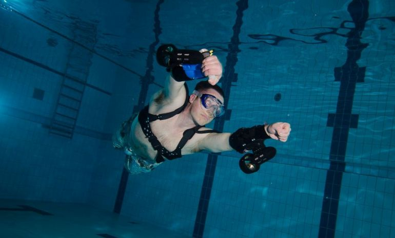 x2 Sport World's First Wearable Underwater Jet Pack-1