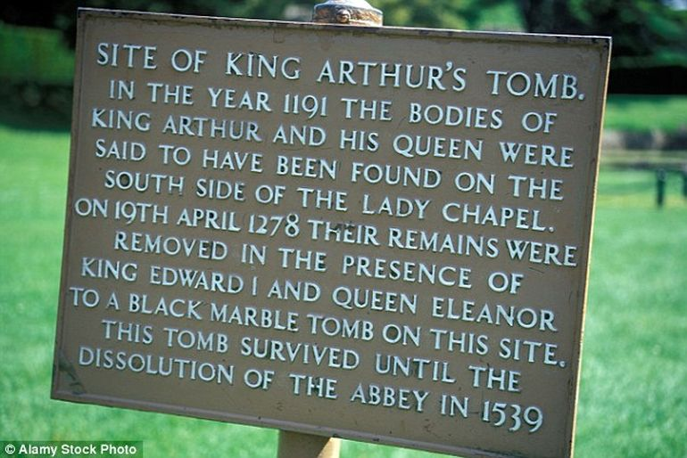Monks Fabricated King Arthur's Legends, New Study Says-1
