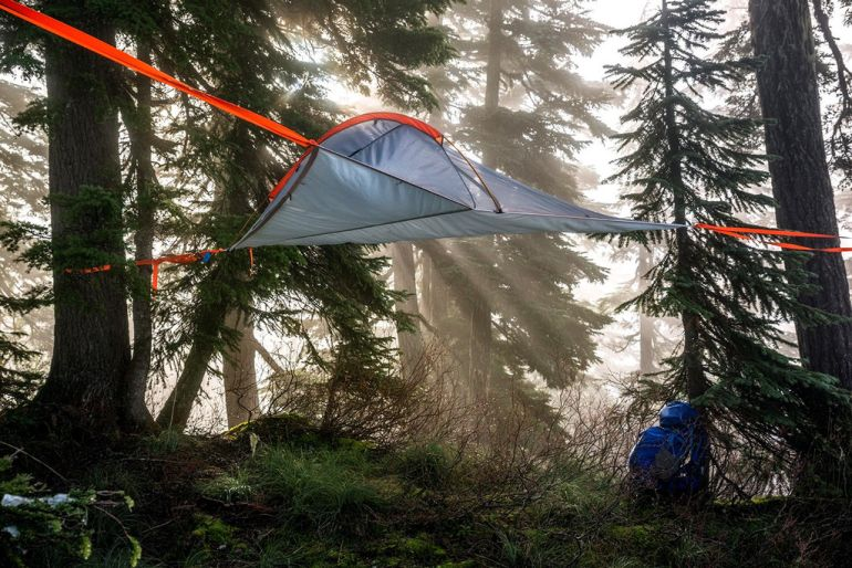 Tentsile_Flit_Lightweight_Treehouse_Tent_Backpack_1 Tentsile_Flit_Lightweight_Treehouse_Tent_Backpack_3 Tentsile_Flit_Lightweight_Treehouse_Tent_Backpack_5 ... & Tentsile Flite: The Lightweight Treehouse Handy In A Backpack