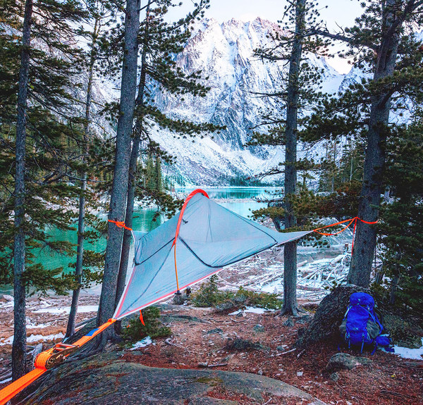 Tentsile_Flit_Lightweight_Treehouse_Tent_Backpack_4