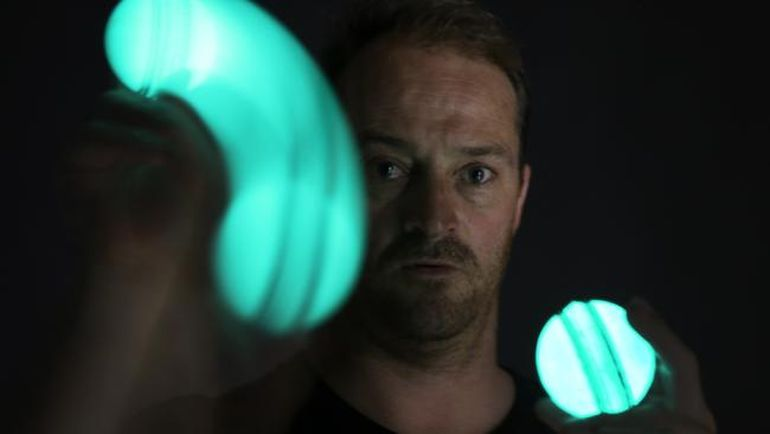 Australian Designs World's First Rechargeable, Luminous Cricket Ball-2
