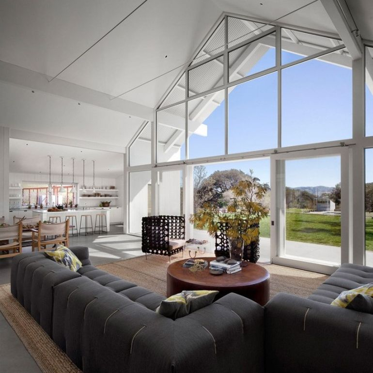 Modernist Barn House Boasts Amazing Eco-Friendly Features-4