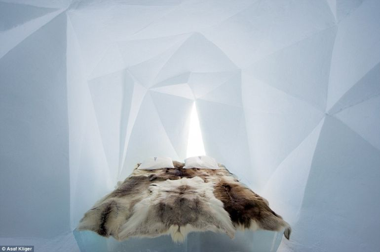 The Stunning Icehotel In Swedish Lapland Opens Doors To Guests-12