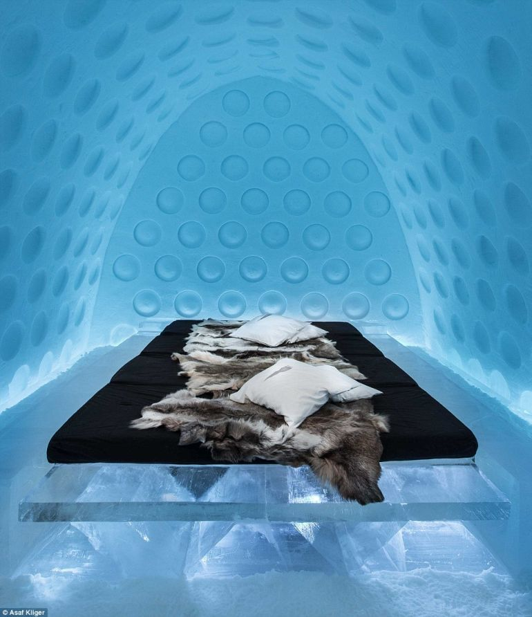 The Stunning Icehotel In Swedish Lapland Opens Doors To Guests-14