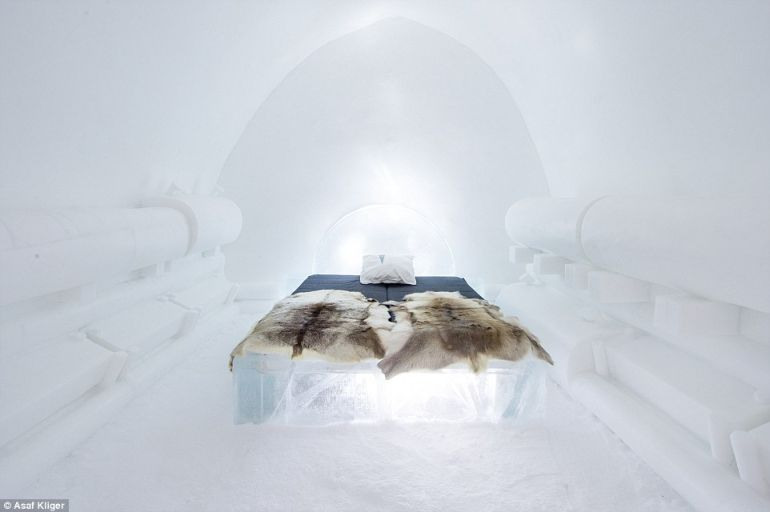 The Stunning Icehotel In Swedish Lapland Opens Doors To Guests-7