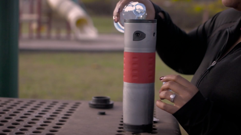 Try Mojoe, A Battery-Powered Coffeemaker That Doubles As a Travel Mug