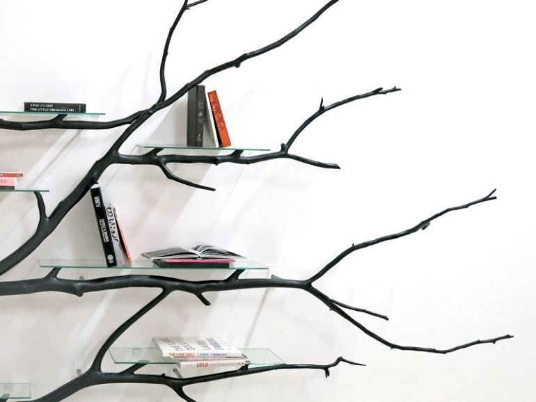 Bilbao_Bookshelf_Created_From_Fallen_Tree_Branch_3