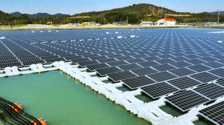 Floating Solar Power Plant-1