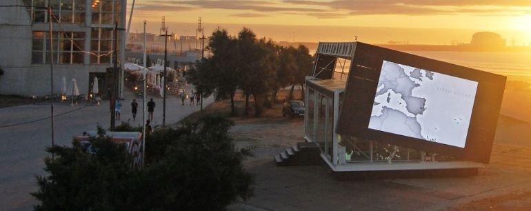Innovative Rotating Homes Follow The Sun For Increased Energy Production-2