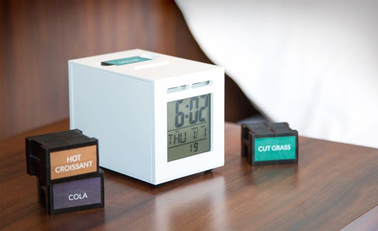 This Ingenious Alarm Clock Wakes You Up With Your Favorite Aromas-2