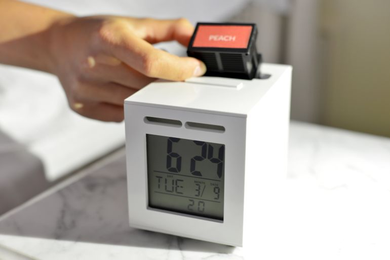 This Ingenious Alarm Clock Wakes You Up With Your Favorite Aromas-3