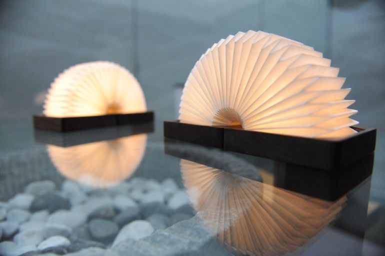 This Stunning, Bluetooth-Enabled Lamp Folds Like An Accordion-6