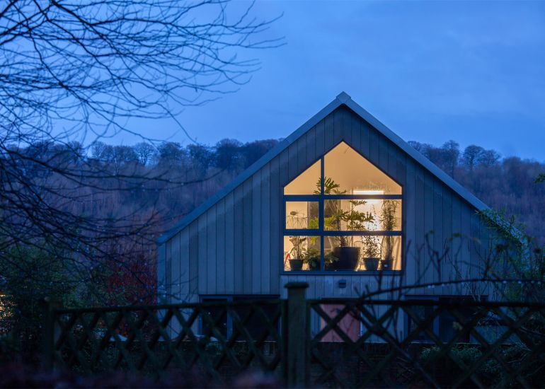 UK's Amphibious House Remains Afloat On Floodwater Like A Ship In Dock-11