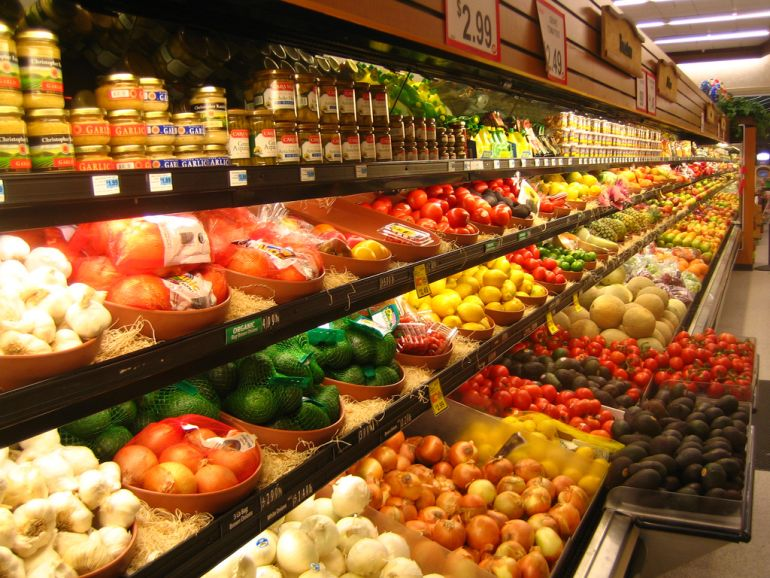 France Passes Law That Bans Supermarkets From Trashing Unsold Food-1