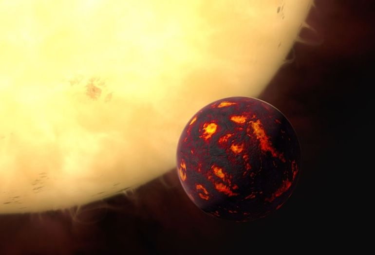Super-Earth 55 Cancri E Has Dry Atmosphere And Carbon-Rich Interior-1
