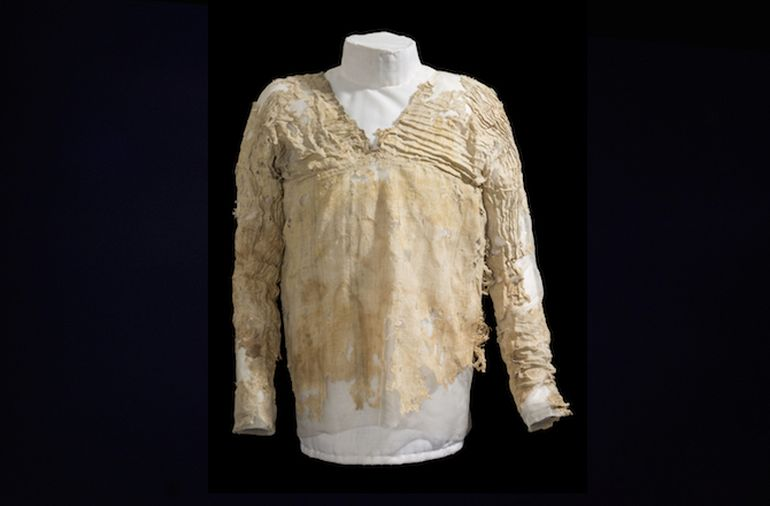 The Oldest Surviving Dress Was Made Some 5,000 Years Ago In Egypt-1