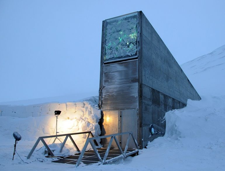 Norway's Irradiant Mountain Vault Preserves Over 850,000 Seeds-1