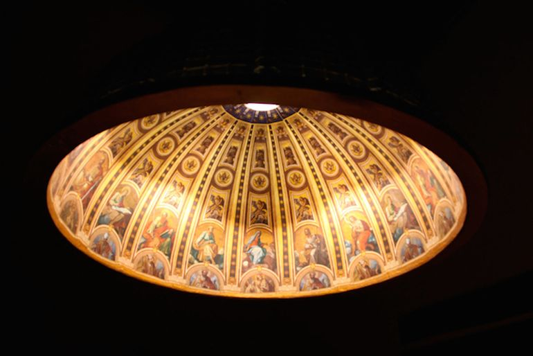 Designers Craft Ornate Lamp Shaped Like St. Peter's Basilica-3