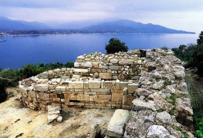 Researchers Might Have Discovered Aristotle's Tomb In Macedonia-3
