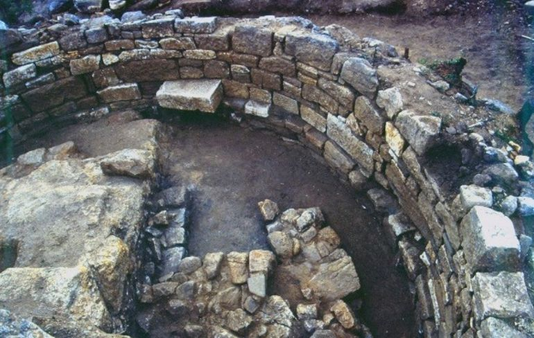 Researchers Might Have Discovered Aristotle's Tomb In Macedonia-4